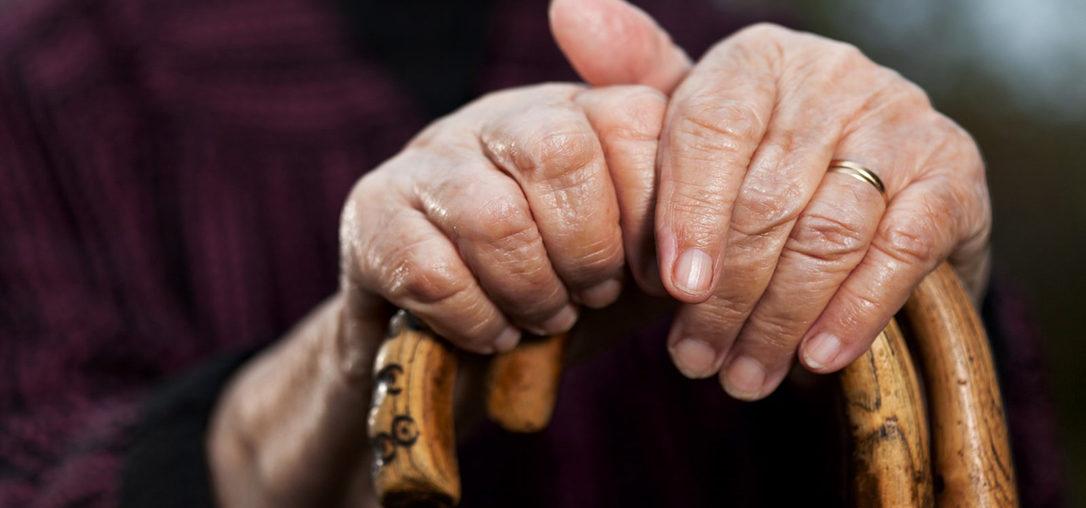 Fademur propone siete ejercicios para los mayores durante la cuarentena