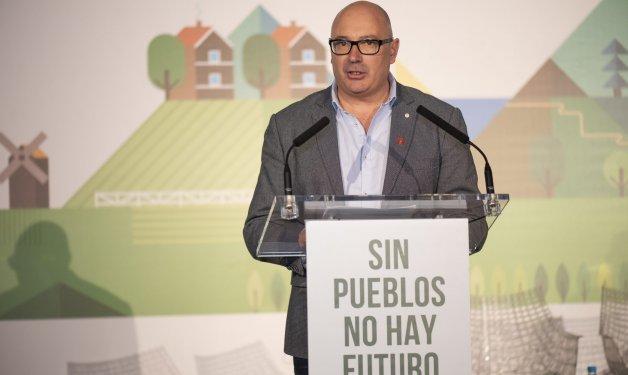 Secundino Caso, presidente de REDR: «Para aprovechar este interés en invertir en los pueblos y poblar el medio rural hace falta solucionar grandes carencias»