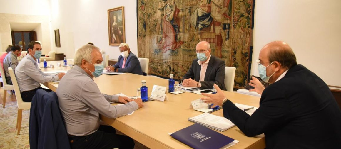 """Jesús Ortega: """"Los servicios básicos del medio rural y la discriminación fiscal positiva deben garantizarse por Ley"""""""